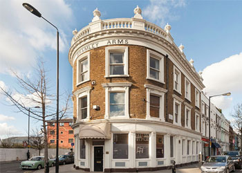 >Self-Contained Period Offices Virtual Freehold For Sale, 1,979 sq ft (GIA 183.9 sq m), The Bramley Arms, 1 Bramley Road, Frestonia, Notting Dale, London, W10