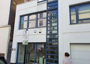 Superb Self-Contained, Air Conditioned Office Building to Let, 647 sq ft (60 sq m), 1 Clarendon Road, Holland Park, London W11 | JMW Barnard Commercial Property Agents'; ?>