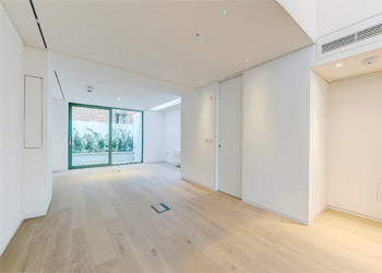 Superb Newly Developed Gallery / Showroom Space to Let / Rent, 600 sq ft (55.8 sq m), 10 Portland Road, Holland Park, London W11