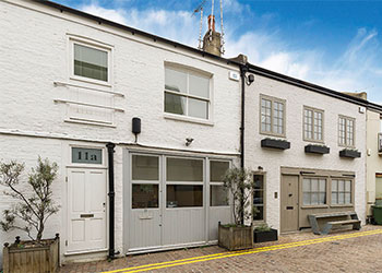 Office/Showroom to Let, 430 sq ft (40 sq m), 11 Colville Mews, Notting Hill, London W11