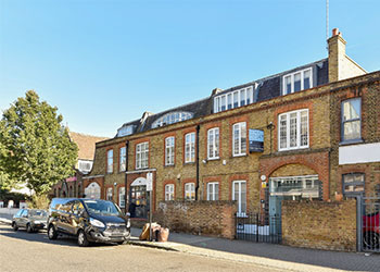 >Bright open plan office to let, 752 sq ft (70 sq m), Second Flooor, 204 Latimer Road, North Kensington, London, W10