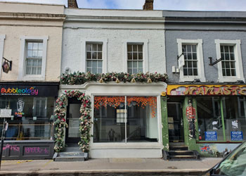 Retail Shop & Upper Parts to Let / Rent, 915 sq ft (85 sq m), 47 Pembridge Road, Notting Hill Gate, London W11