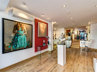 Ground floor and basement gallery/retail unit to Let, W8
