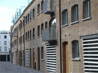 Self Contained Office/Showroom To Let, 224 sq ft (20.8 sq m), 14 Powis Mews, Notting Hill, London, W11