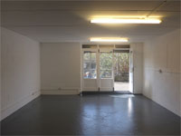 Business Unit/Workshop to Let, 411 sq ft (38.2 sq m), 8a Southam Street, North Kensington, London, W10